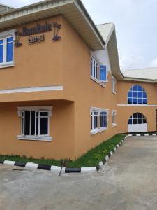 3 bedroom Flat / Apartment for rent Bamitale court opposite Carlton Gate Exclusive Hotel Agodi UCH. Agodi Ibadan Oyo